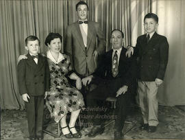 Gaudun family photo circa 1952