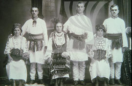 Traditional Ukrainian clothes
